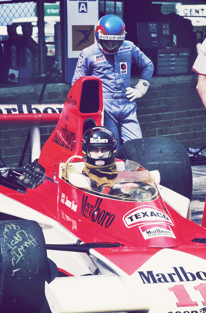 Patrick Depailler | James Hunt (South Africa 1976) by F1-history