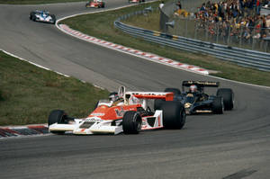 James Hunt | Mario Andretti (Netherlands 1977) by F1-history