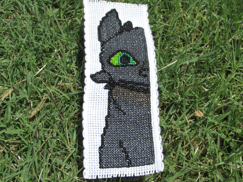 Toothless The Night Fury Cross Stitch Bookmark By Daydreamqueenmisha
