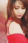 Hold me pretty by simplysuzu