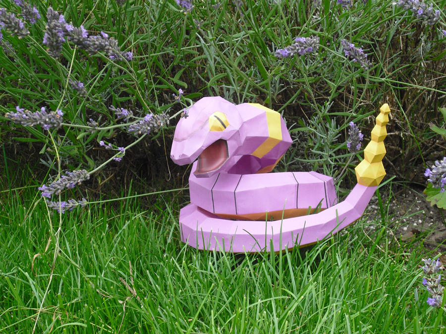 Ekans papercraft by TimBauer92