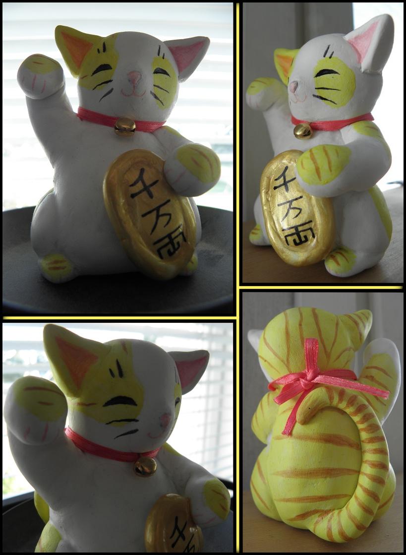 AC: Maneki Neko -Beckoning Cat sculpture by Eiliakins