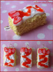 strawberry drizzle cake charms