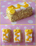 lemon drizzle cake charms