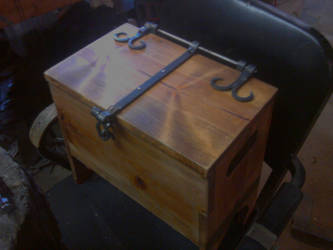 6board chest by BrianBrownArmoury