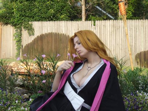 Matsumoto Rangiku cosplay by HoodedWoman