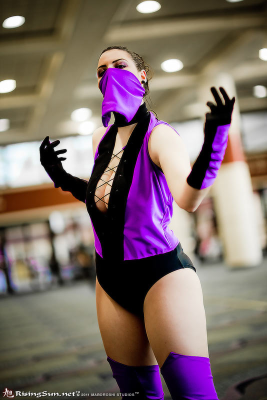 Mileena - Fatality in store by HoodedWoman