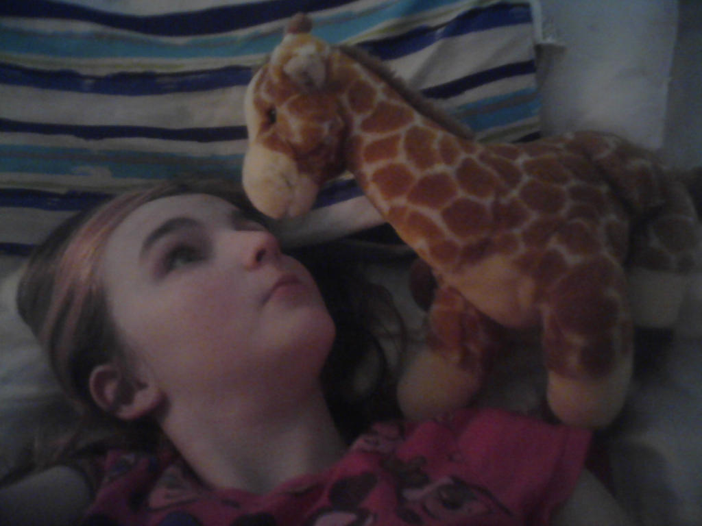 me and mr.giraffe:-) by noskarvi17