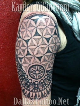 Dallas Tattoo Artist Kayden DiGiovanni Geometric
