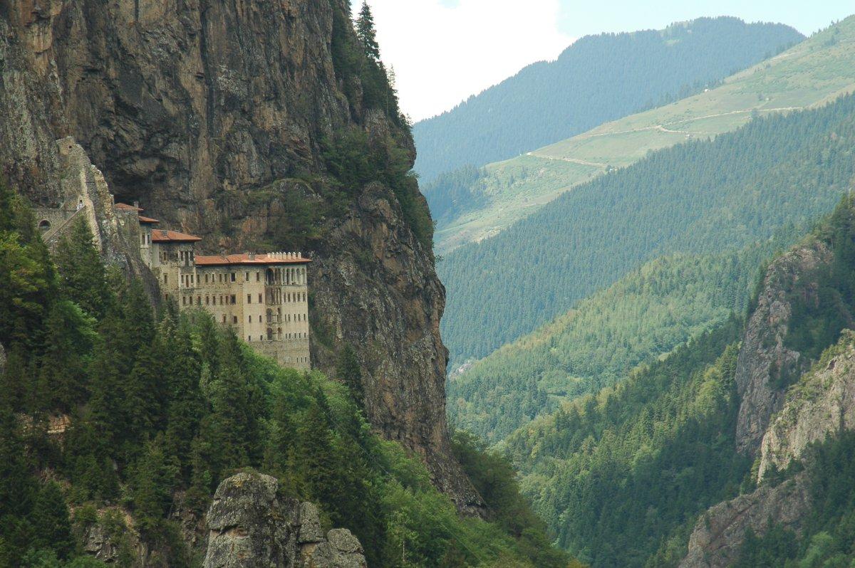 Sumela monastery II by nerkn on DeviantArt