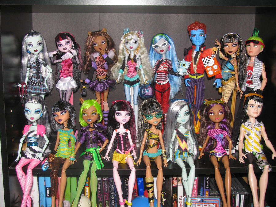 Monster high complete. by starshineshari23