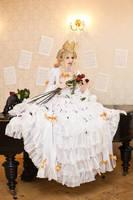 La reine des roses by MarionetteTheatre