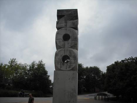 St. Louis Zoo monument