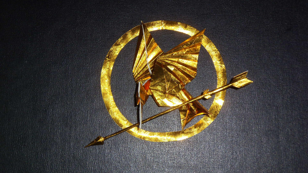 Origami  Mockingjay  from  Hunger Games by orudorumagi11
