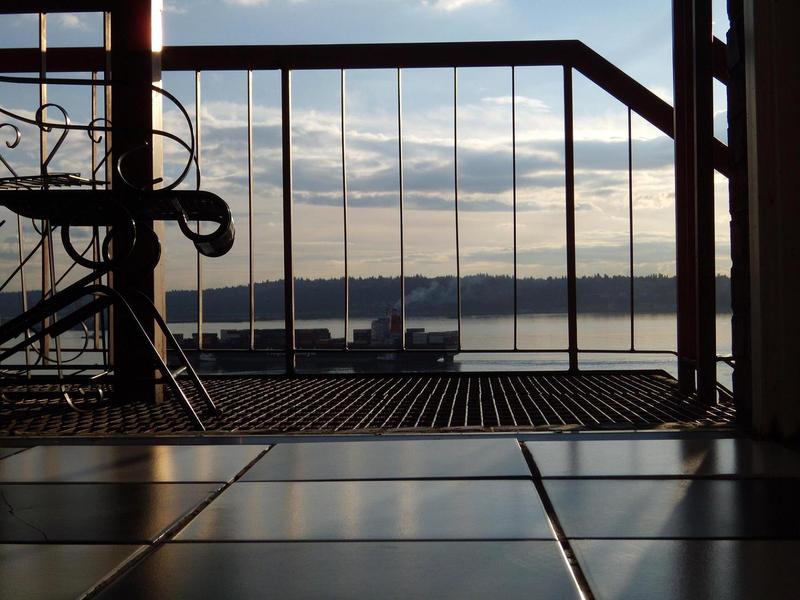 balcony view wallpaper - photo #44
