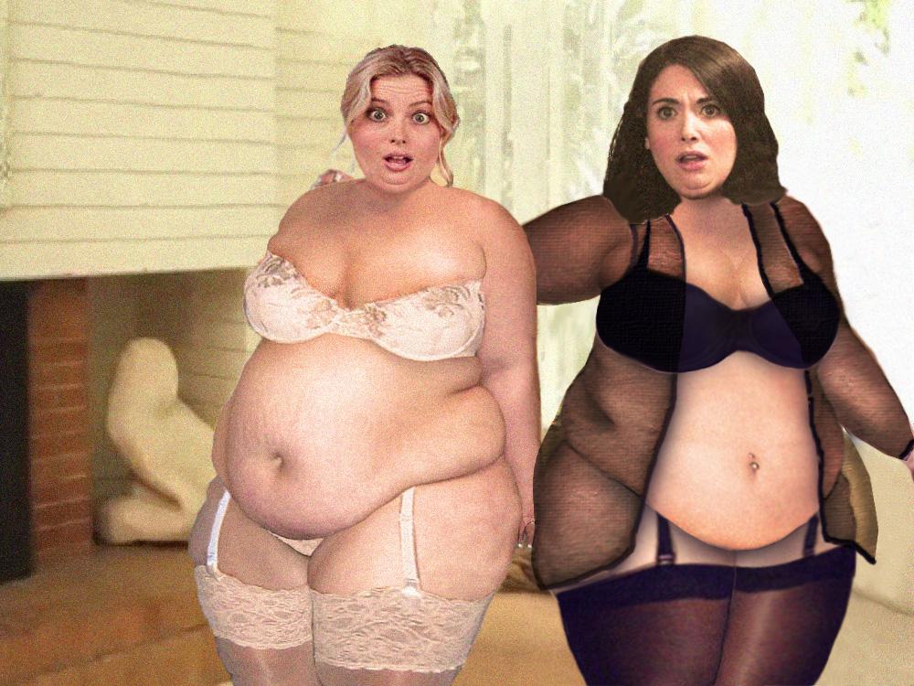 Alison brie vs gillian jacobs topless clip comparison 10