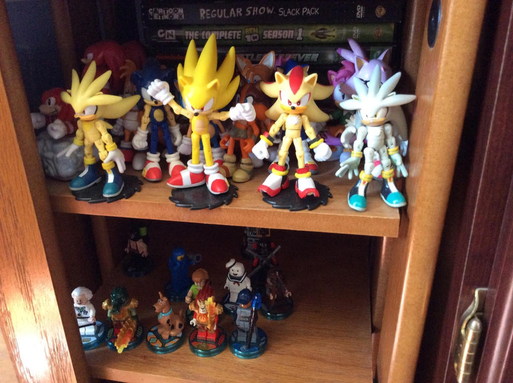 Pictures from the Nerd Room  10 11 16   2 Sonic. Pictures from the Nerd Room  10 11 16   2 Sonic    by