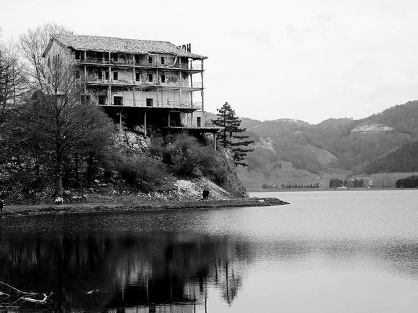 Hostel by Mar1lyn84