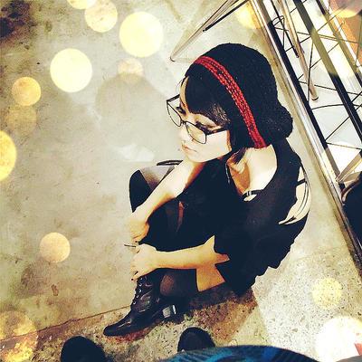 ShiroiGarazu's Profile Picture