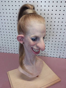 Gelatin head - Little Dana bust