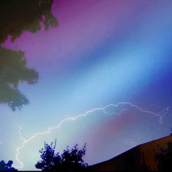 I am the lightning! by LivelovelifeEleni