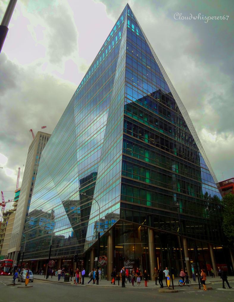Glass Pyramid Skyscraper - London by Cloudwhisperer67