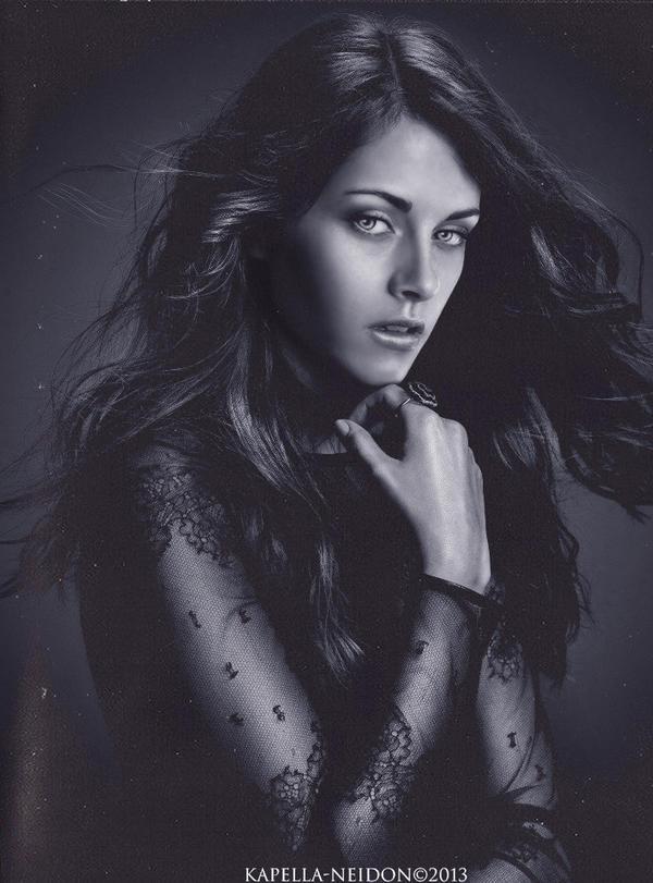 Bella Cullen by YlianaKapella-Neidon