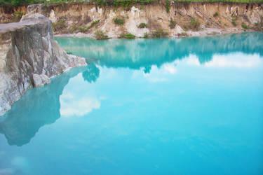 blue lake singkawang by crushtycrab