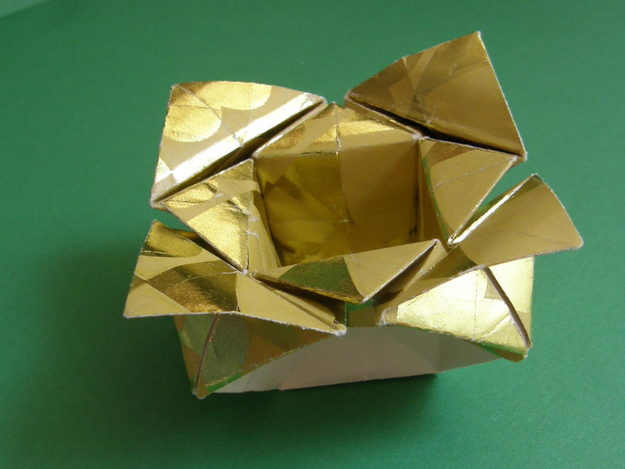 Origami flower box evi binzinger by leona007 on deviantart origami flower box evi binzinger by leona007 mightylinksfo
