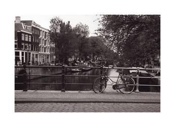 Amsterdam by XlaughingXbuddhaX