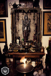 Altar of the Unconquerable Queen