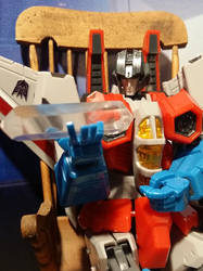 Starscream contemplates 'Death Crystal'