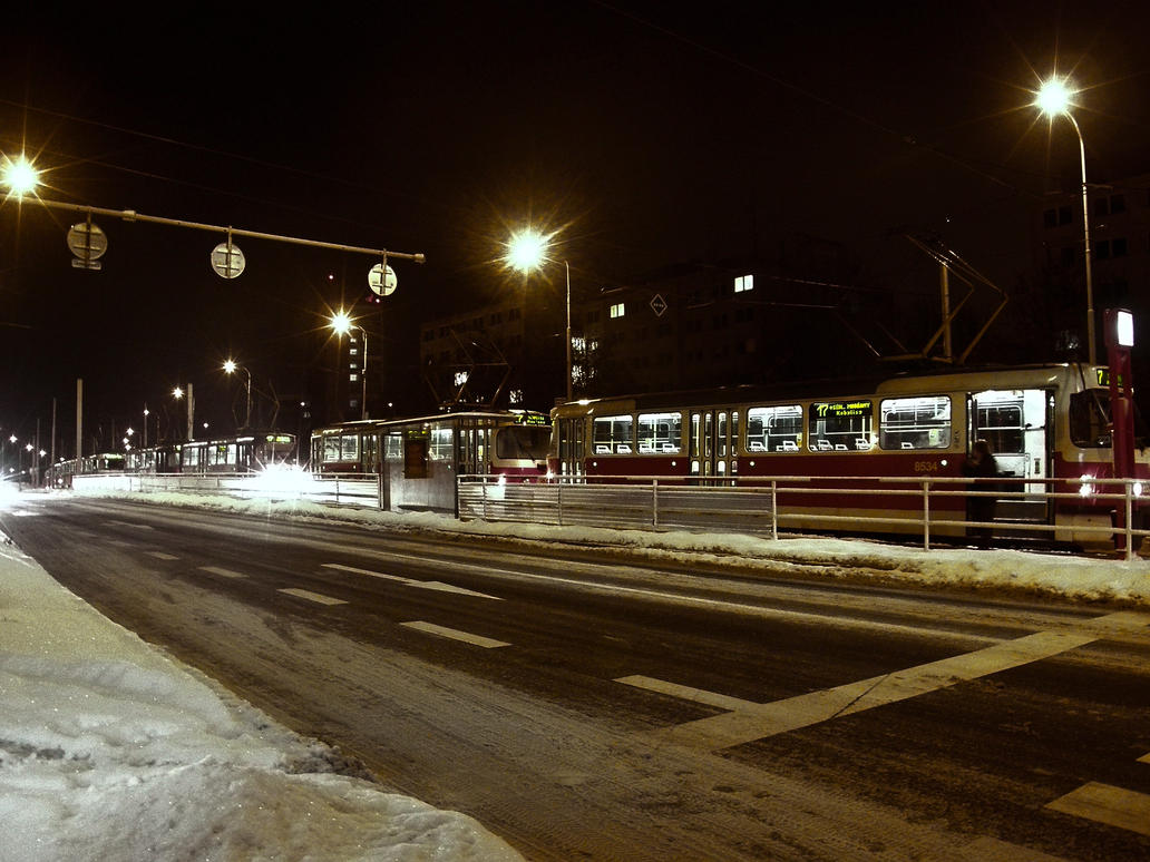 A row of trams by emu2