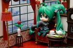 Classy Hatsune Miku HMO