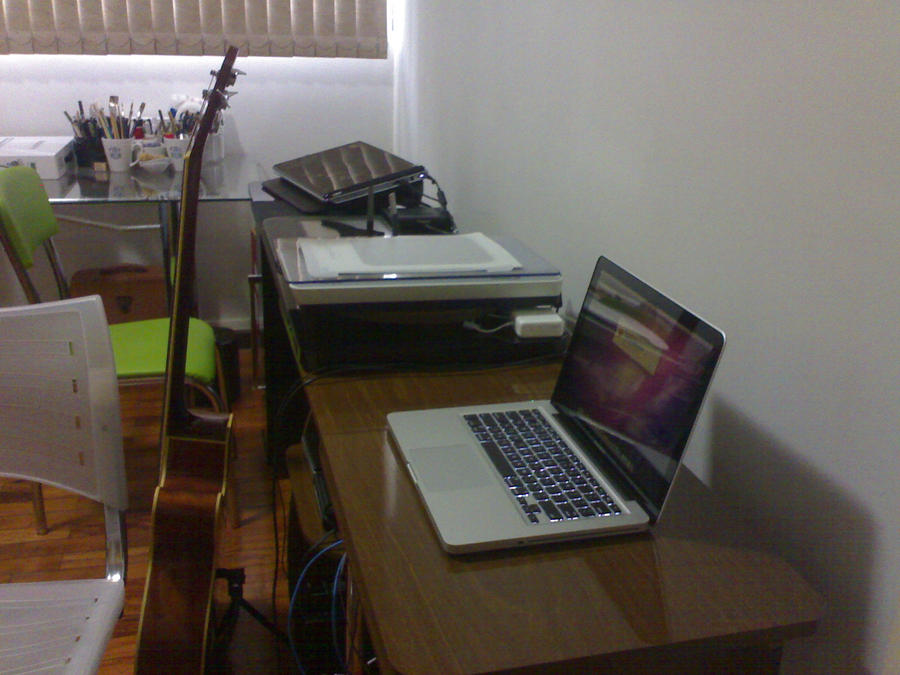 workspace by tolagunestro