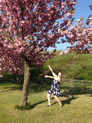 OVERCOME WITH SPRING SPRUNGNESS