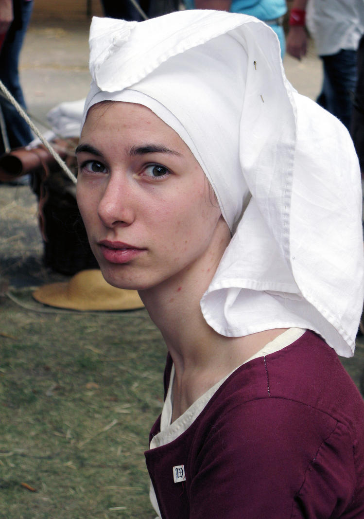 Funny Headdress Fiofiorina