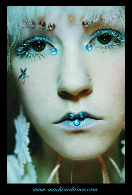 blue girl by starlitziggy