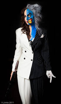 Lady Two-Face 1