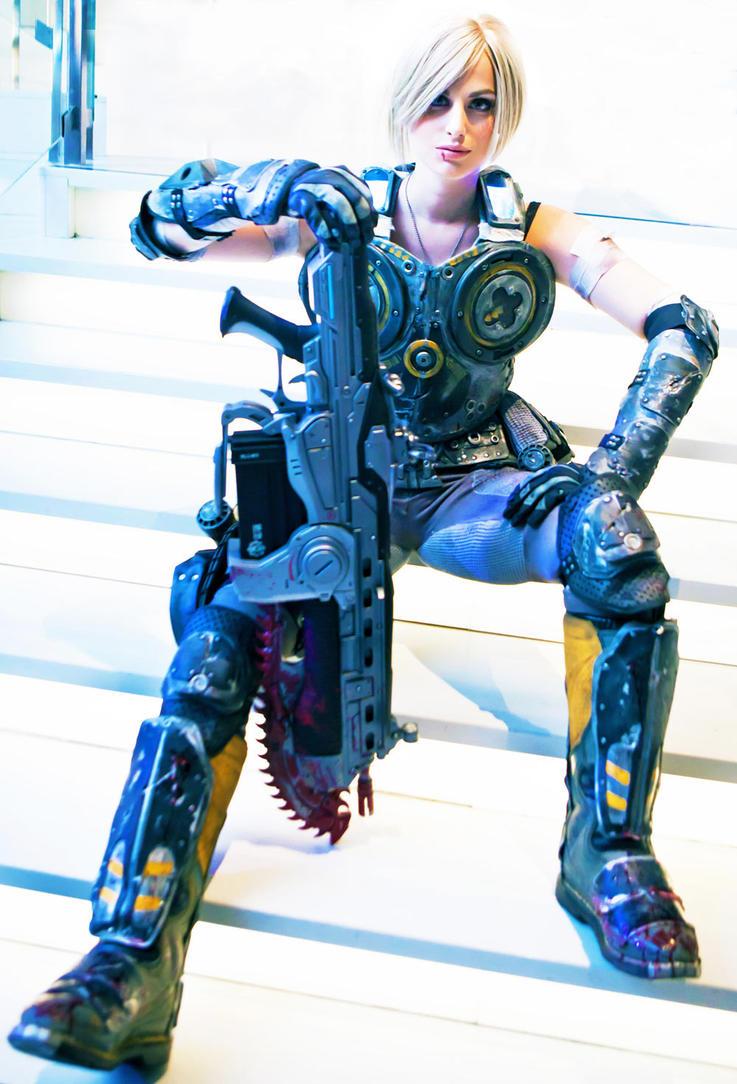 locust war cosplay of Gears