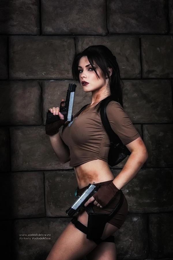 Lara croft érotique