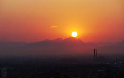 Sunrise over the Hottentots-Holland mountains