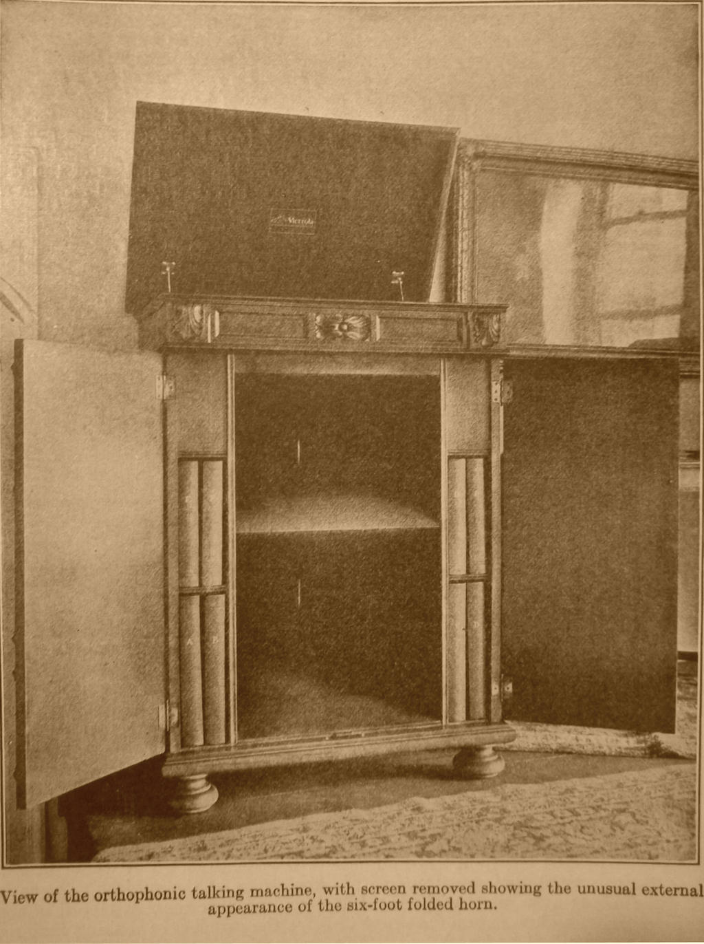 Victor Victrola, 1925 Production Credenza by PRR8157