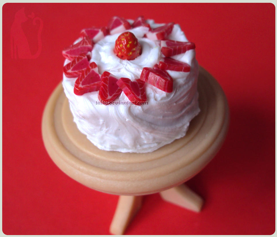 Strawberry Cake by Talty