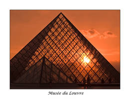 Musee du Louvre by onicomicosis