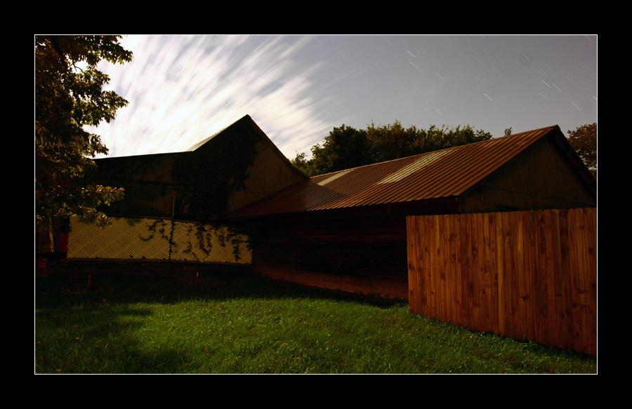 C4D Moonlight Barn 2 by cravingfordesign