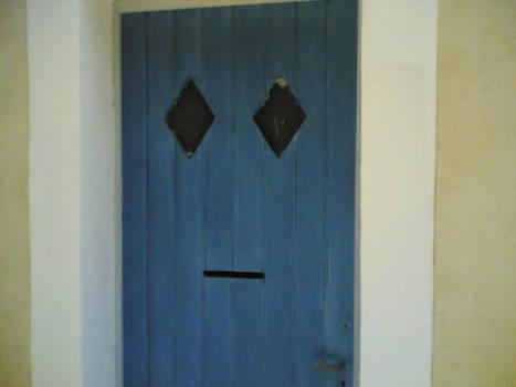 What a smiling door