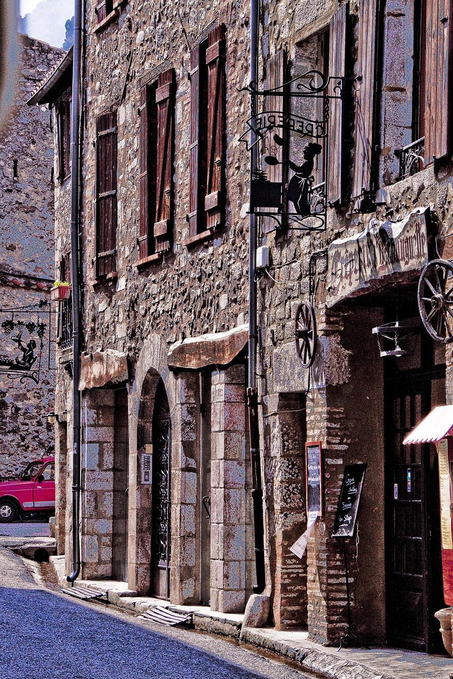 Abbay d'St Martin Village by BeauNestor