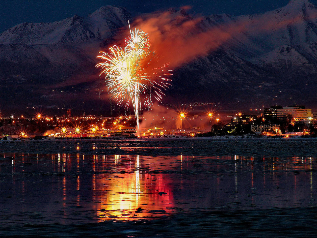 Fireworks Over Anchorage by ~Djohns