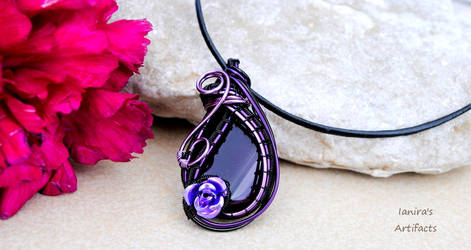 Black - purple Agate wire wrapped pendant by IanirasArtifacts